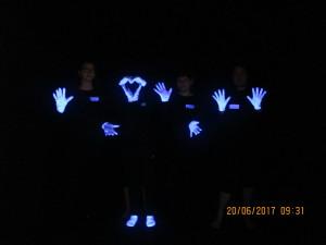 Schwarzlichttheater 1